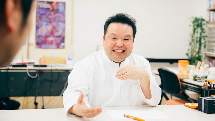須﨑恭彦さん/獣医師・獣医学博士・須崎動物病院院長